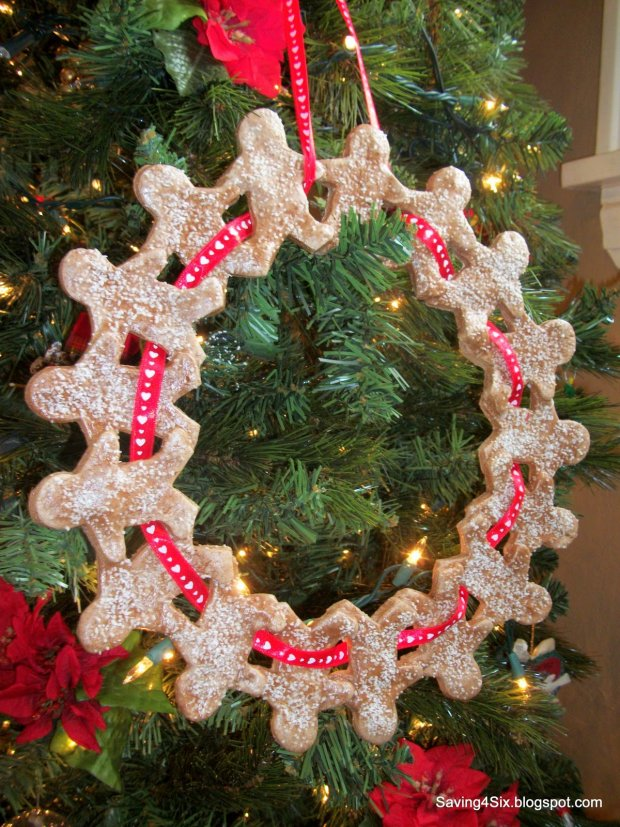 How to Make a Gingerbread Man Wreath