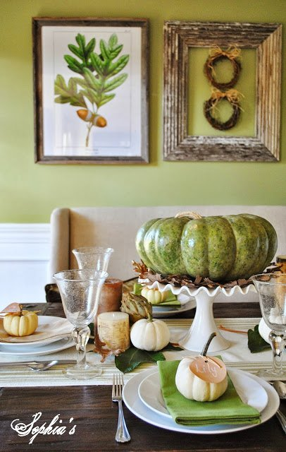 Green & Natural Thanksgiving Tablescape