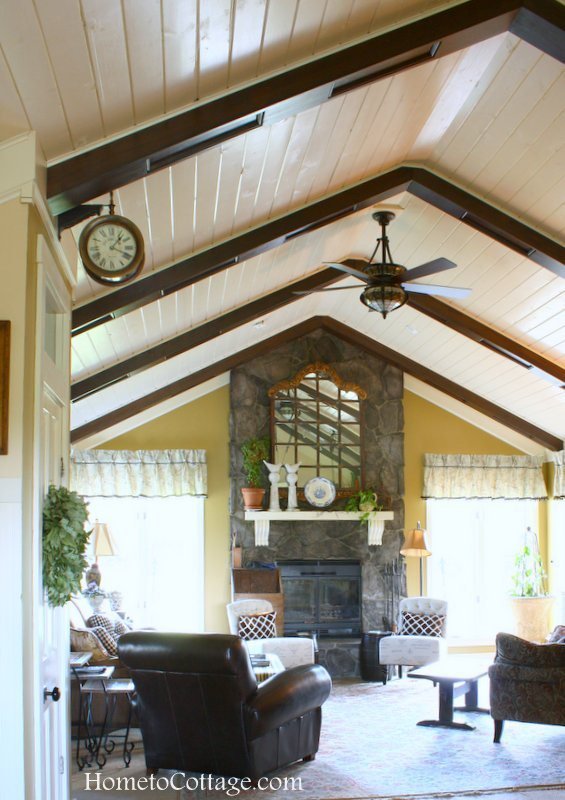 Tips for Decorating the Ceiling