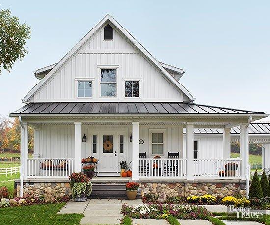 15 Beautiful White Farmhouses
