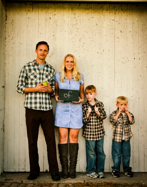 Clothing Ideas For Outdoor Family Pictures