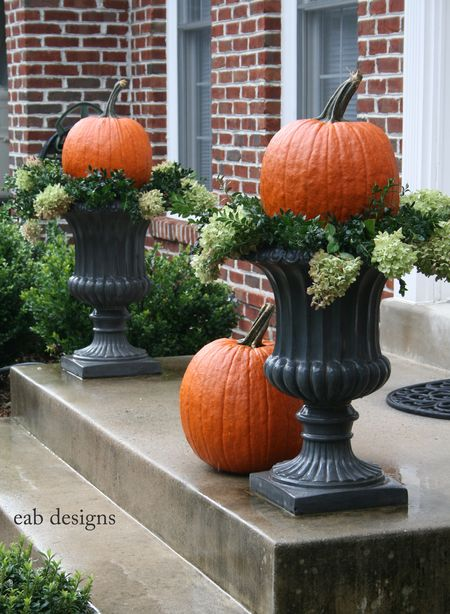 22 fall front porch ideas veranda home stories a to z for Fall patio decorating ideas