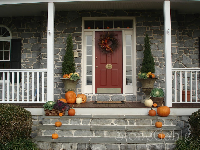 22 fall front porch ideas veranda home stories a to z for Beautiful veranda designs