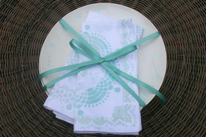 martha stewart stenciled plate napkins
