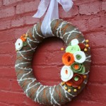 Yarn Wreath Tutorial {how to felt}