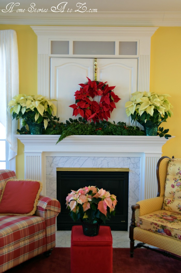 How To Decorate A Loft Living Room Upstairs: Decorating With Poinsettias {poinsettia}