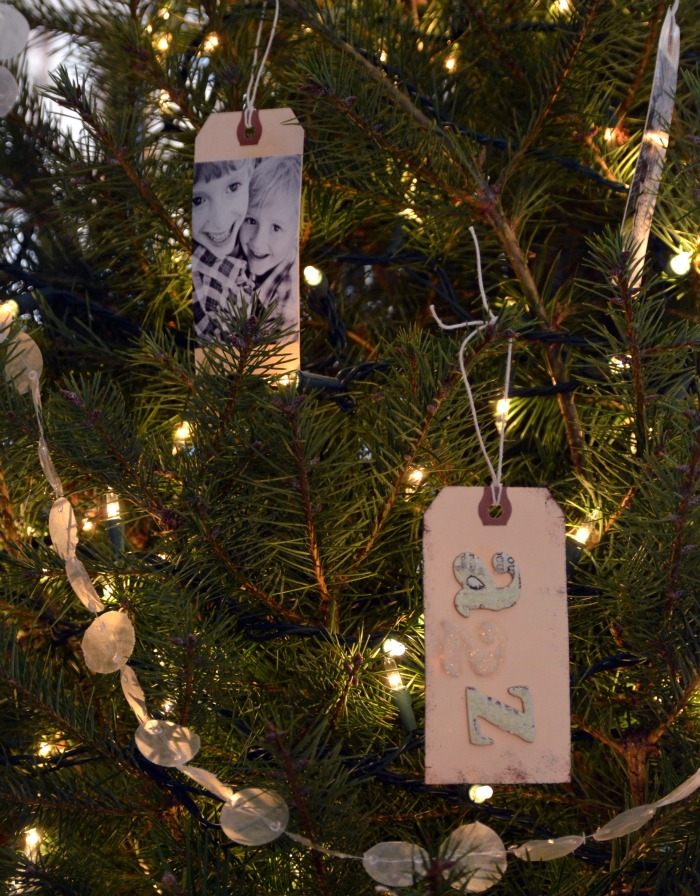 holiday craft, picture ornament