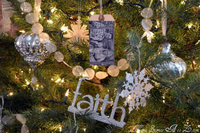 holiday craft, homemade picture ornament