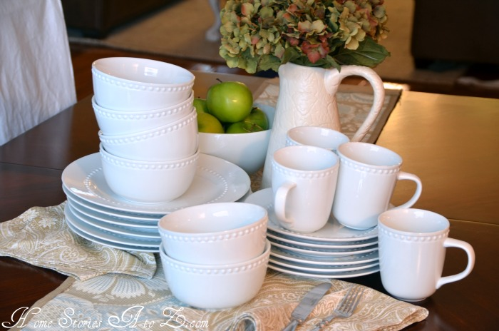 And here is Pottery Barnu0027s Emma Dinnerware ... : white pottery dinnerware - Pezcame.Com