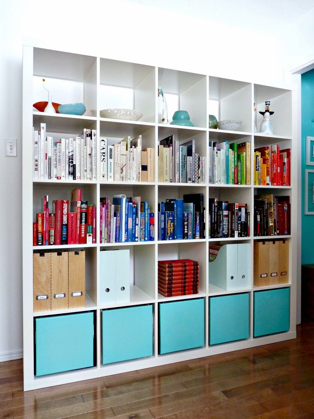 Popping-Bookcase-Ikea-Expedit