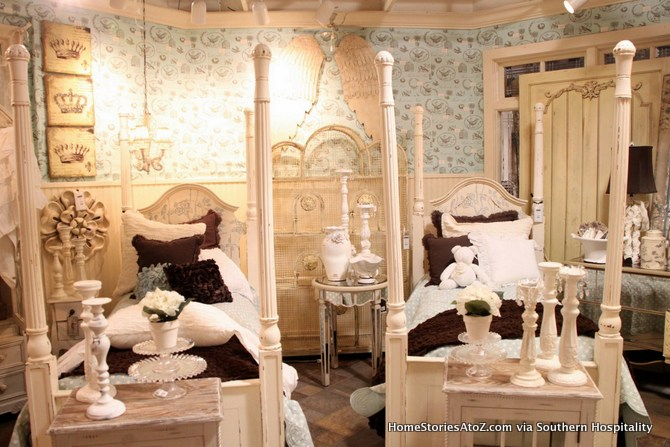 vintage girls room