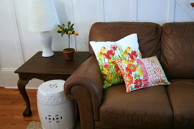 Change A Room's Look With Throw Pillows