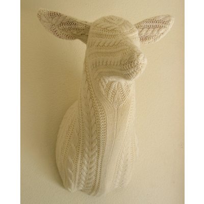 cable knit deer head