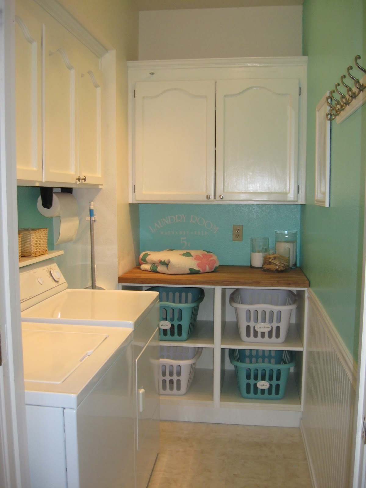 Samsung best dressed laundry room contest nominee home stories a to z - Laundry basket ideas for small space ideas ...
