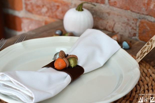 Craft acorn napkin ring
