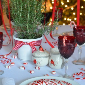 Candy-cane Christmas table setting