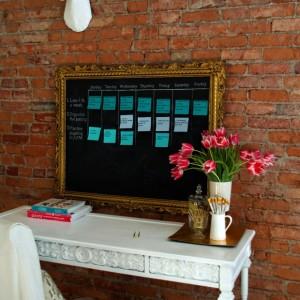 chalkboard sticky note goal calendar