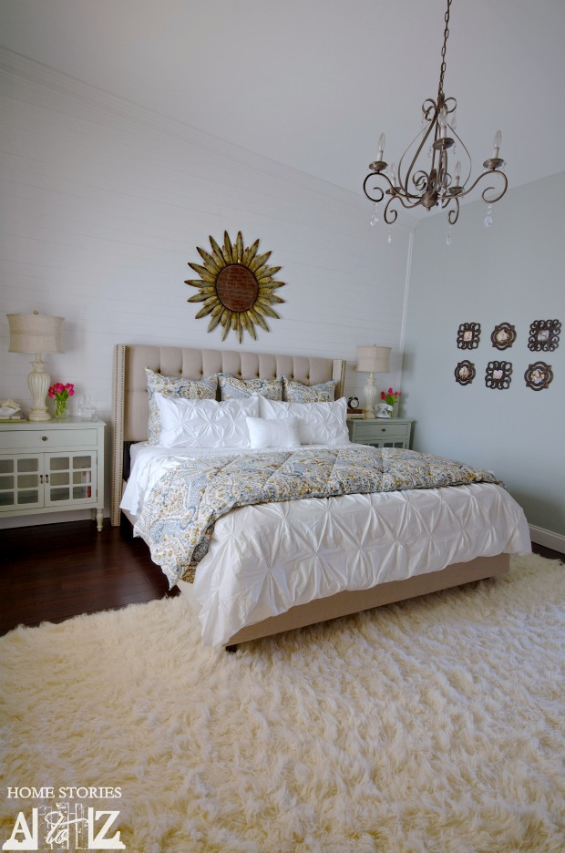diy plank wall bedroom