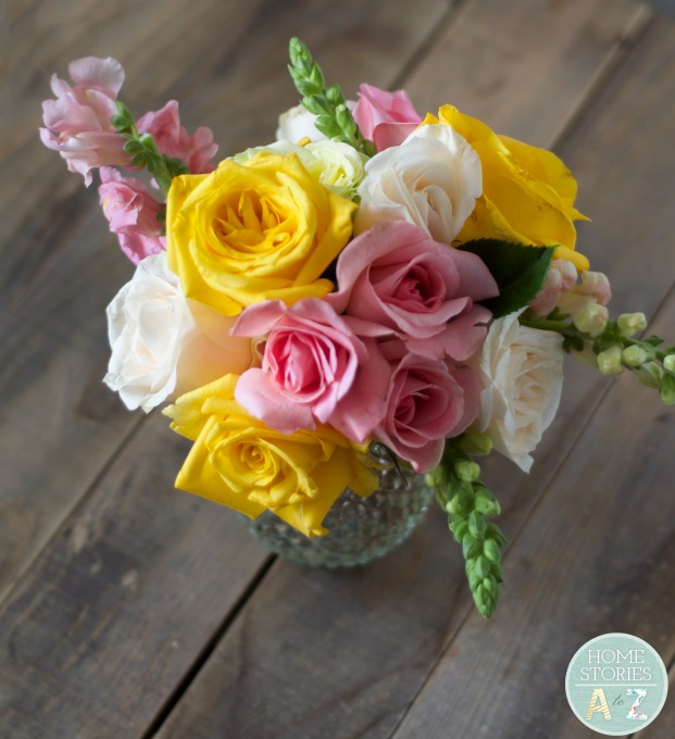 How to open roses into full blooms