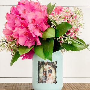 painted mason jar vase