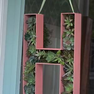 DIY letter wreath tutorial