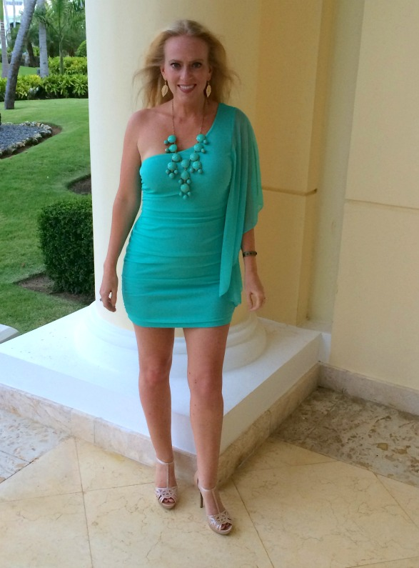 Bodycon blue dress.jpg