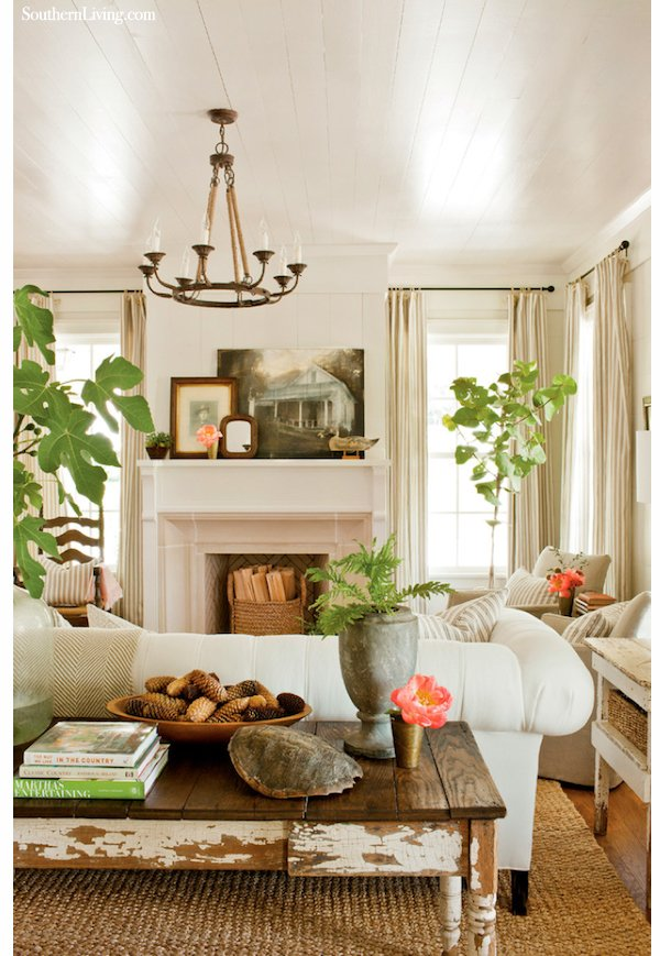 Cottage Living Room. Via Southern Living