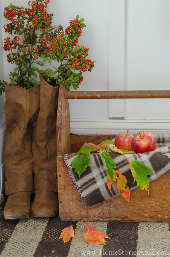 Fall home tour fall decorating ideas home stories a to z - Home decor ideas for small homes ...