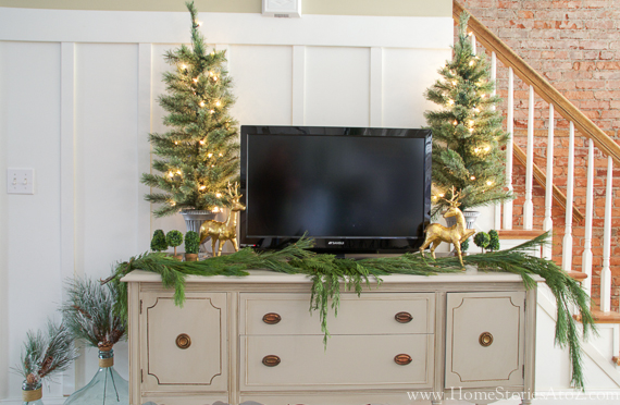 styling around tv for christmas