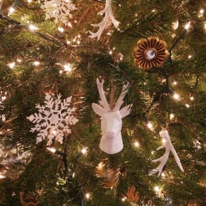 white antler ornament diy
