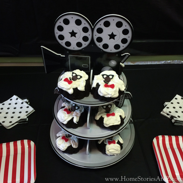 Movie theme birthday party popcorn bar-9