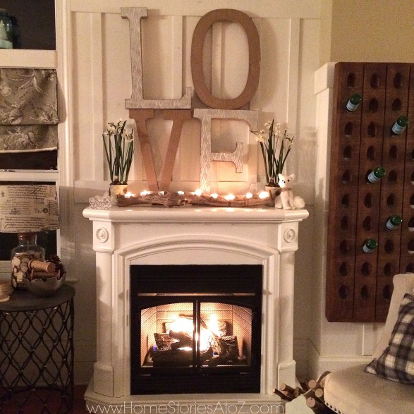valentines day love mantel - Decorating Your Mantel For Christmas