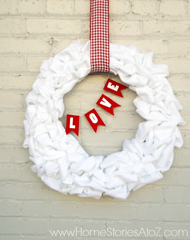 Loop ruffle wreath tutorial