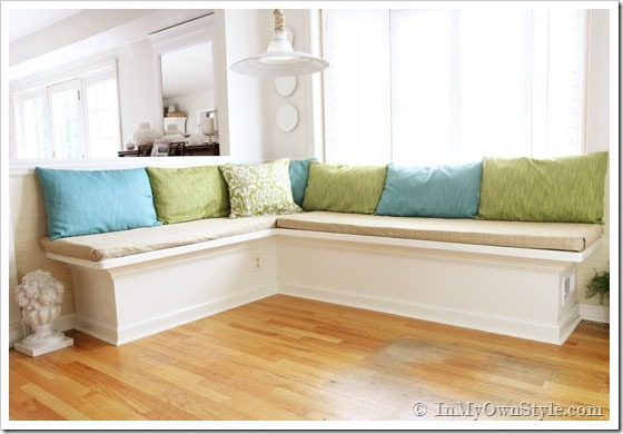 25 kitchen window seat ideas how to make a kitchen banquette diy solutioingenieria Images