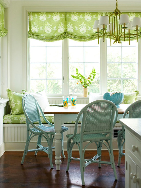 window seat kitchen idea