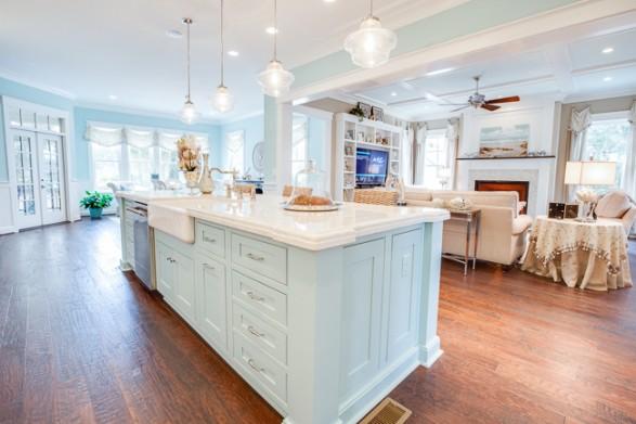 Charmant Coastal Kitchen 4