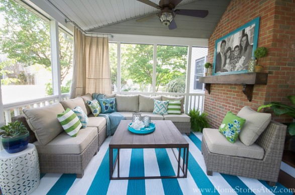 Screen porch decor