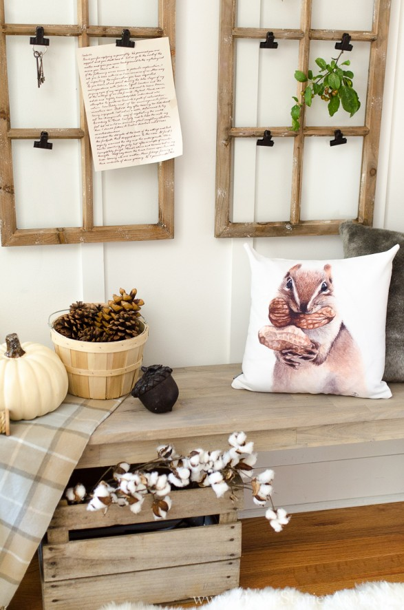 Decorate fall mudroom