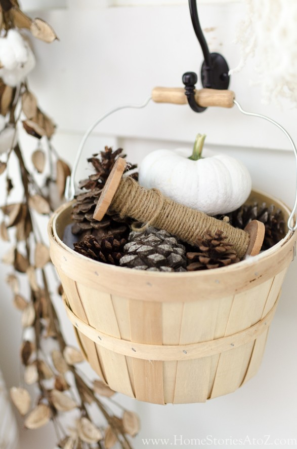 Natural neutral fall decorating