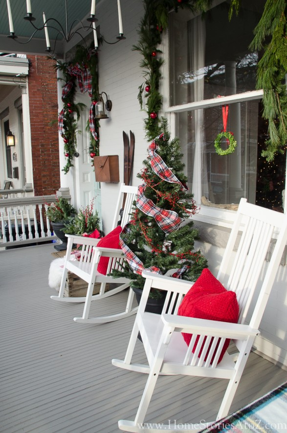 christmas plaid porch idea