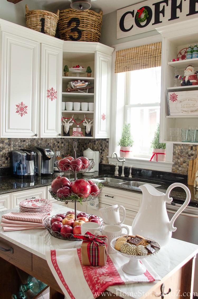 Christmas kitchen for Kitchen ideas christmas