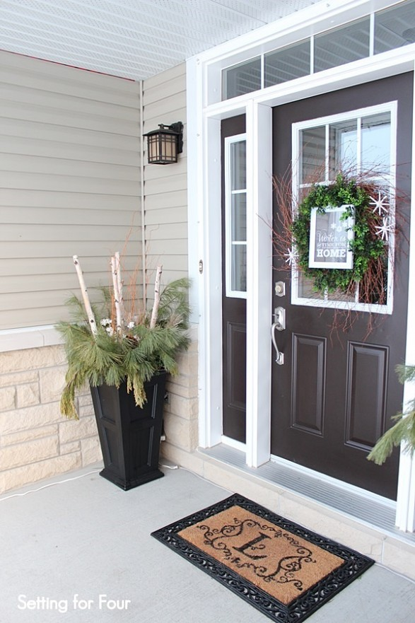 Winter porch and winter outdoor decorating ideas for Exterior entryway design ideas