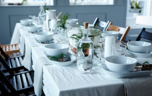 simple winter tablescape