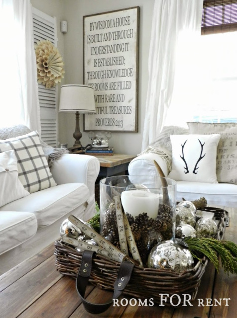 Elegant Winter Decorating Idea Living Room