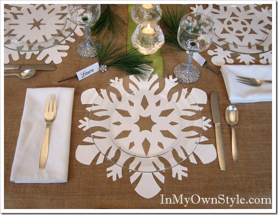 winter snowflake table setting idea