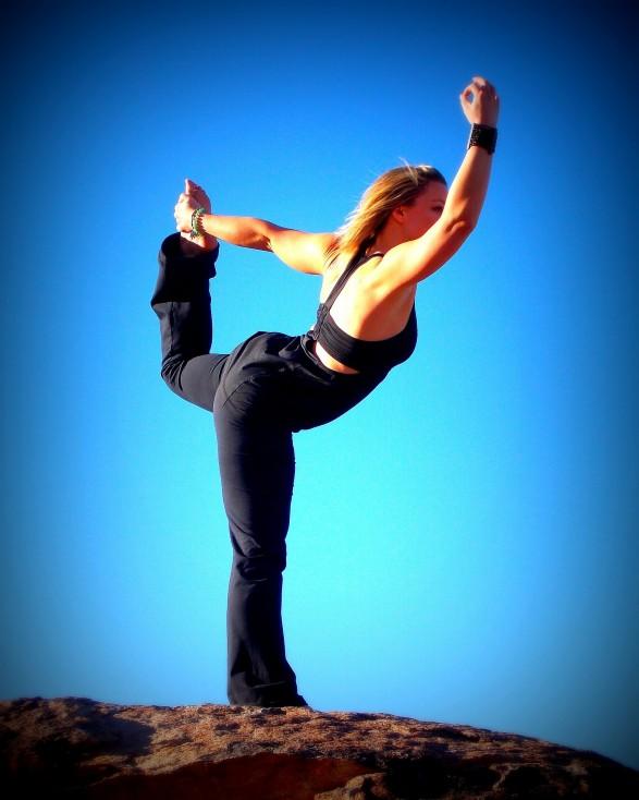 yoga-naked-funny