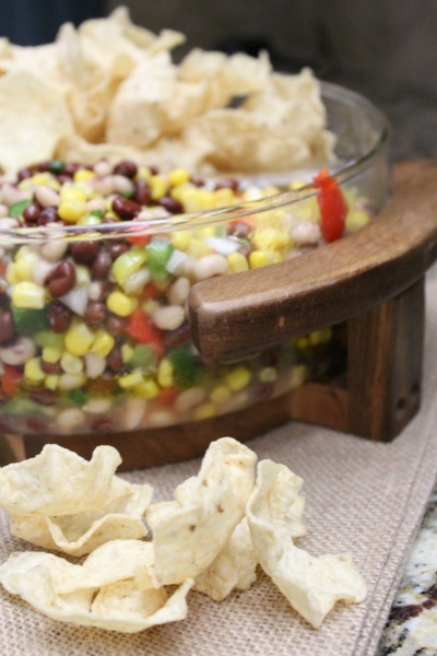 black-bean-and-corn-salsa-chips