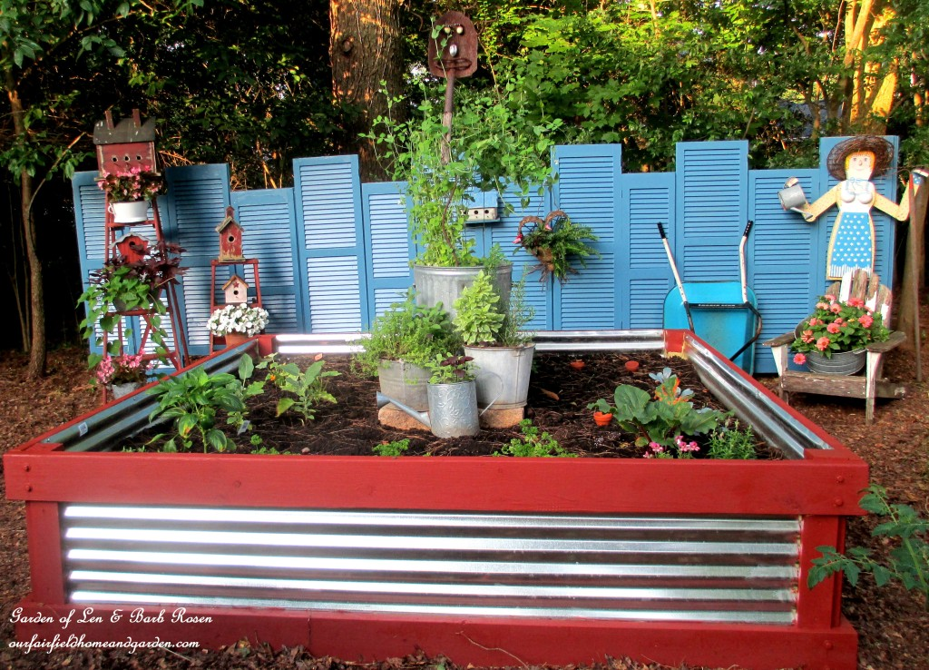 Wood & corrugated metal raised garden bed