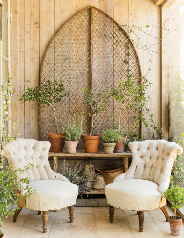 Outside Country Decor