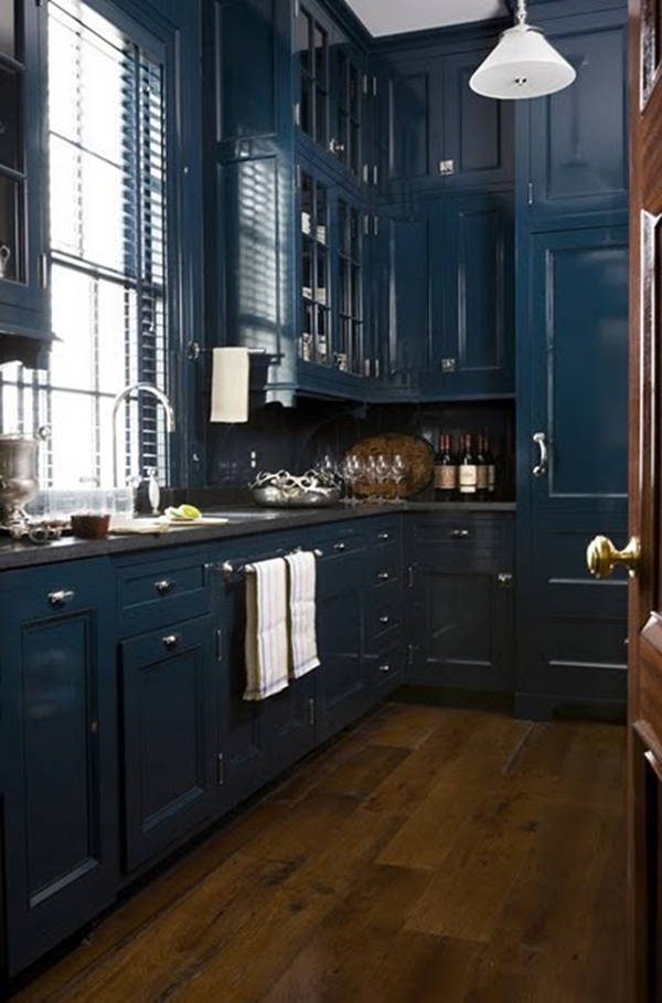Farrow and Ball #30 Hague Blue on kitchen cabinets | navy cabinets | blue kitchen cabinets